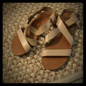 Urban Outfitters Leather Nude Sandals size 7